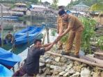 Demi Kesejahteraan Warganya, Pemdes Popidolon Bantu 10 Perahu Fiber